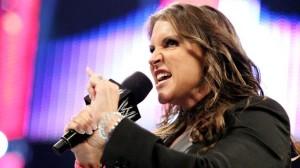 Stephanie-McMahon-heel