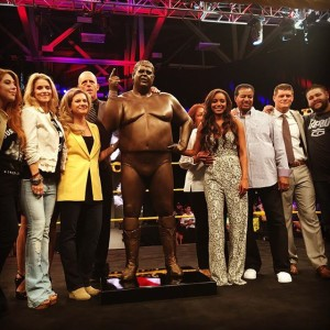 Dusty Rhodes Statue
